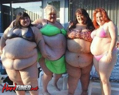 4 FAT WOMAN FUNNY PHOTO.jpg
